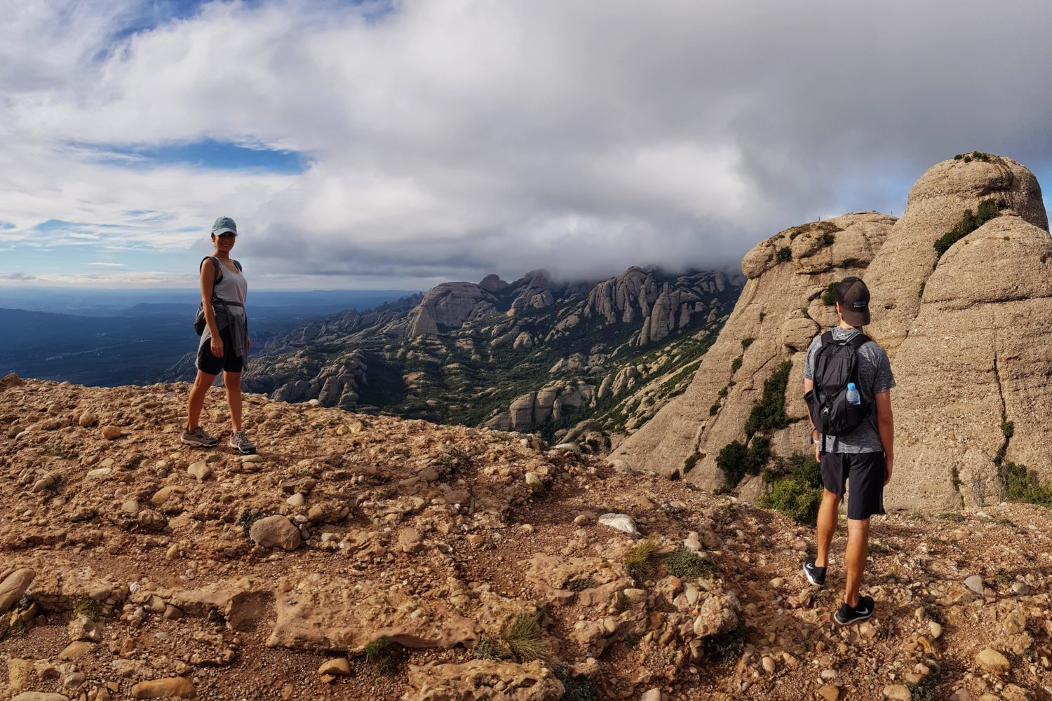 Sensational hiking tours for small groups around the Montserrat Mountain.
