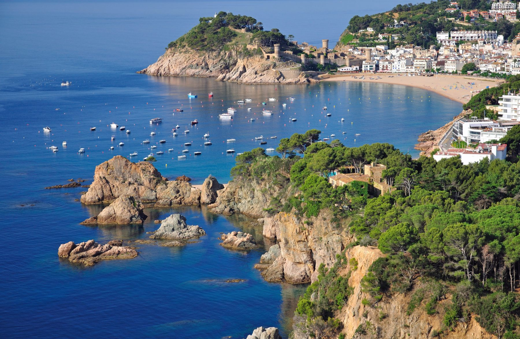 Visit Costa Brava and its most beautiful beaches