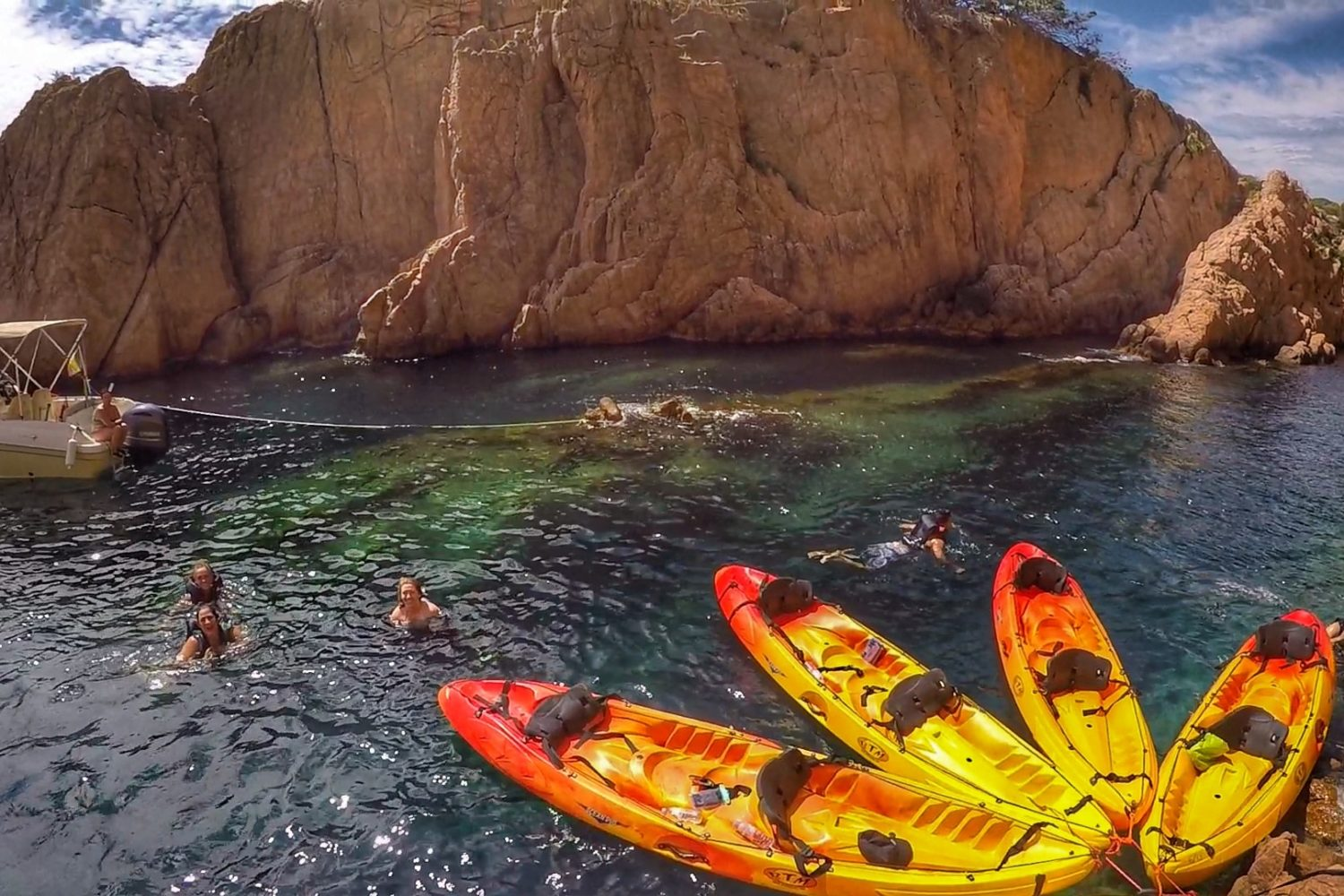 Top kayaking experience in the Costa Brava. Small group and fully personalized tours from Barcelona.