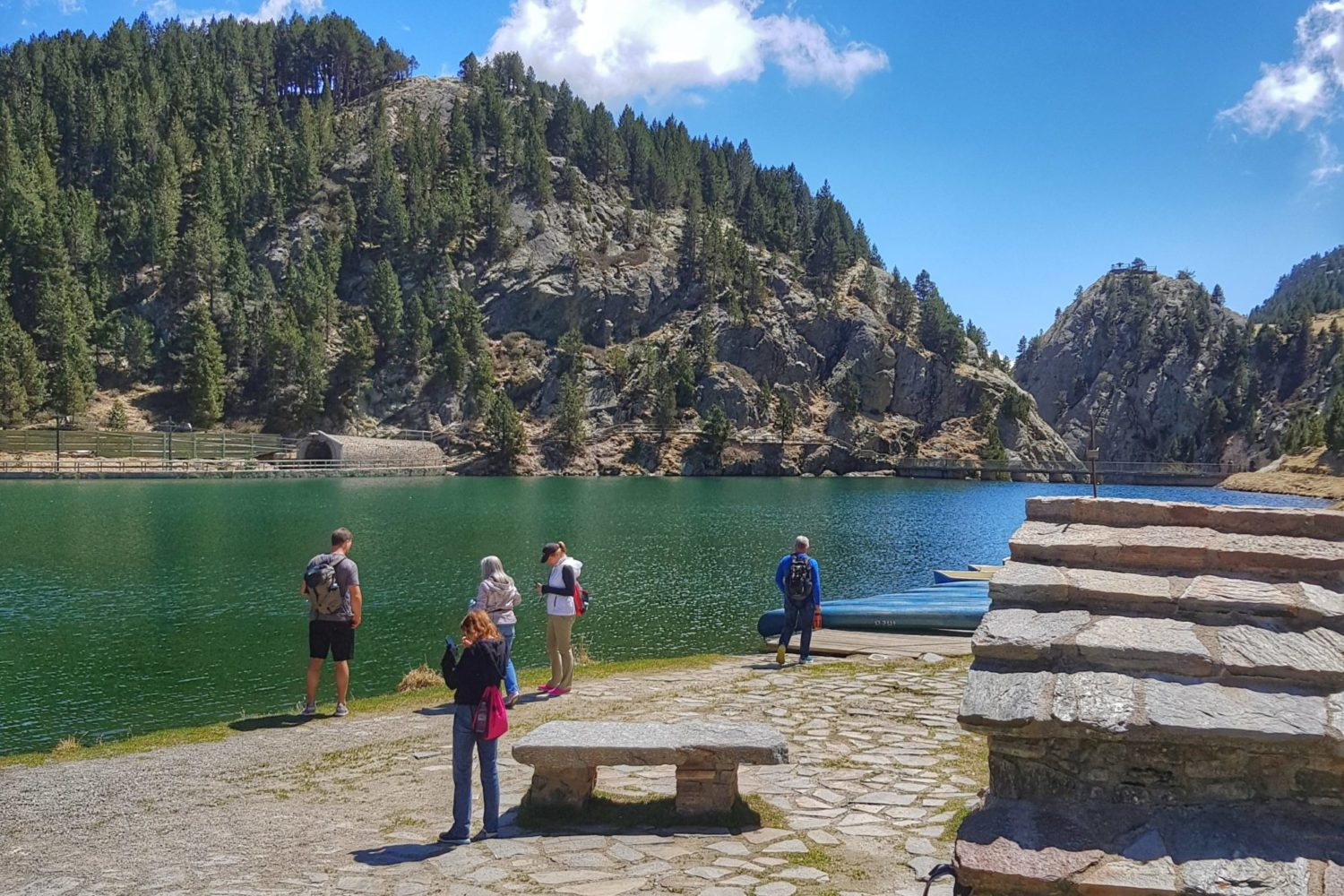 Hiking experience in the heart of the Catalan Pyrenees