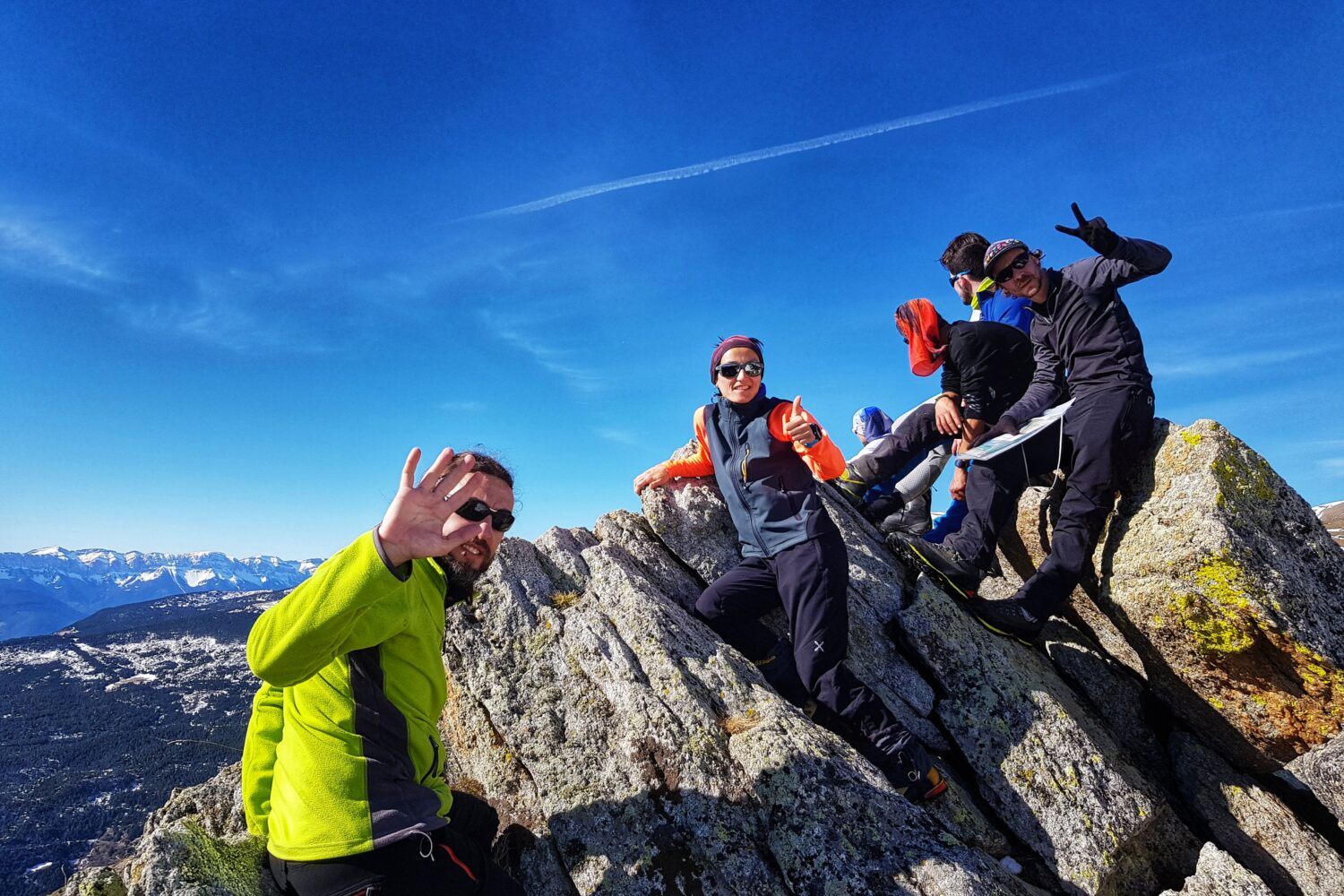 Small group personalized hiking tours in the Pyrenees
