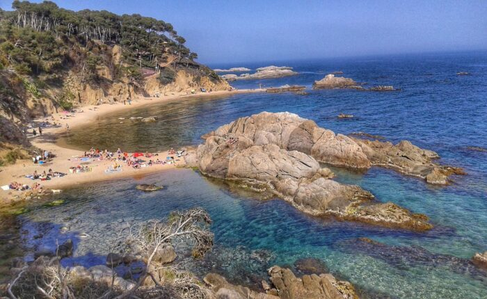 The best hidden beaches in Costa Brava